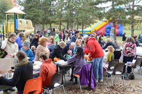 Fall Fest Crowd 285