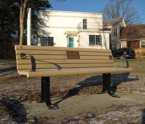 Thomson-bench-small