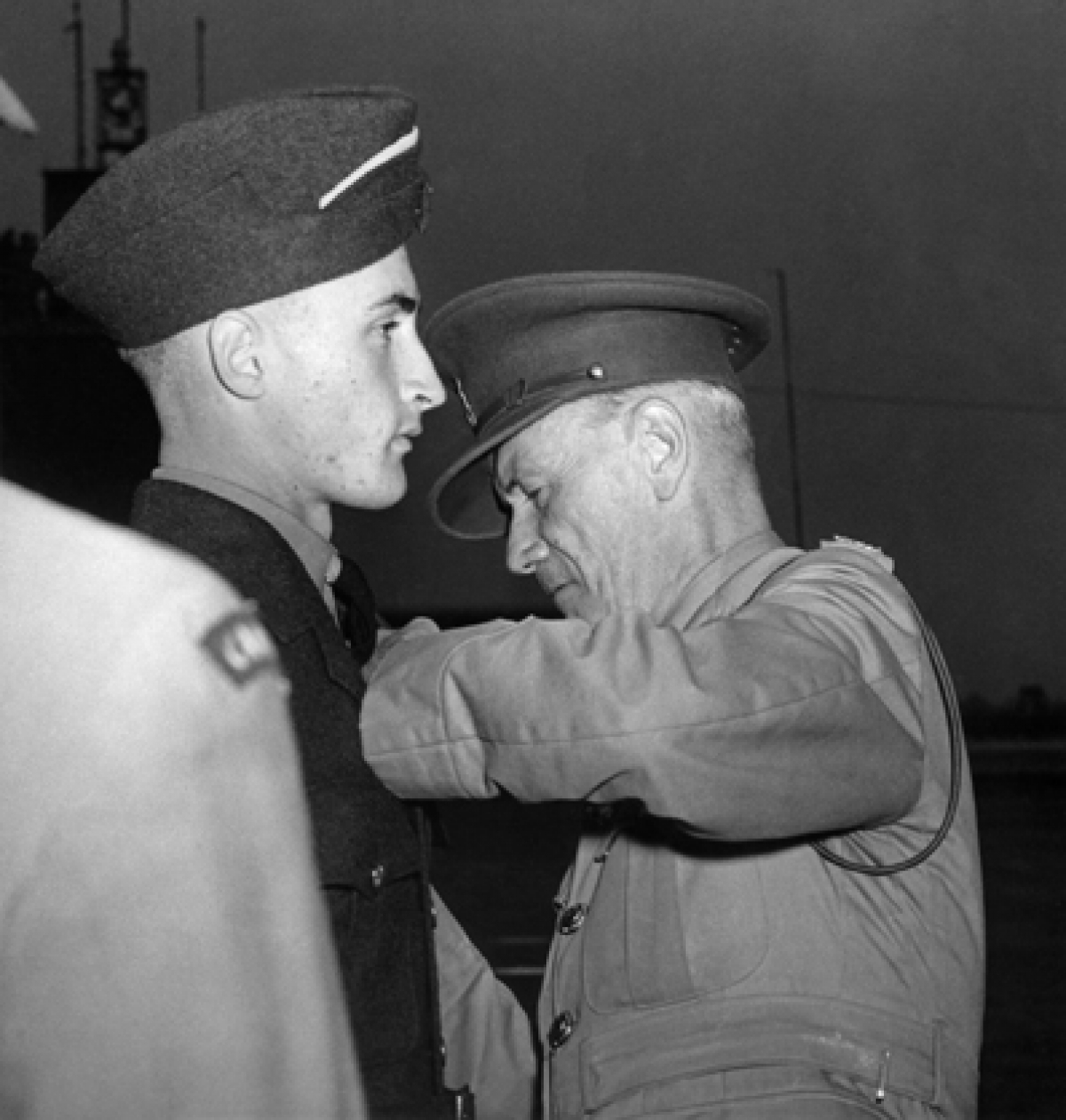 Al Williams gets his wings from Air Commodore Dave Harding, 14 August 1942.